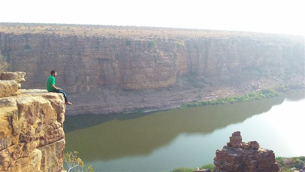 Travelled to Belum Caves and Gandikota in Budget by public transport
