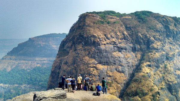 view-from-kalavantin-durg
