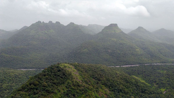 pinnacles-to-see-from-asherigad-fort